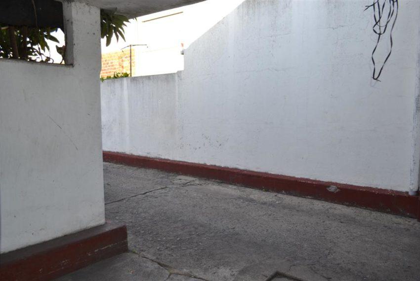 Local Ensenada 027 (Large)